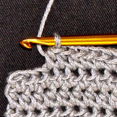 Polšibična petlja / Half double crochet stitch